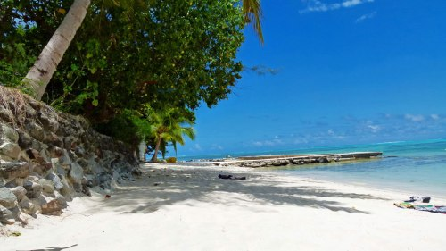 Der Strand vom Hibsiscus Hotel